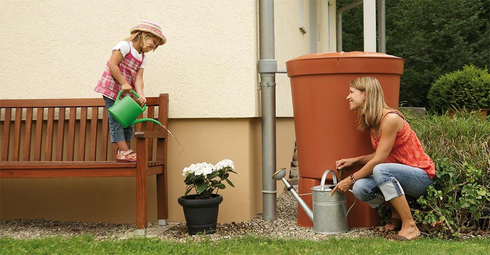 Comment choisir un r cup rateur d 39 eau de pluie a rien pour l 39 arrosage - Un broc d eau ...